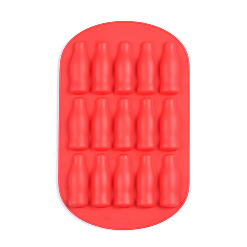 Hot cups silicone ice cube tray lid Invotive Brand