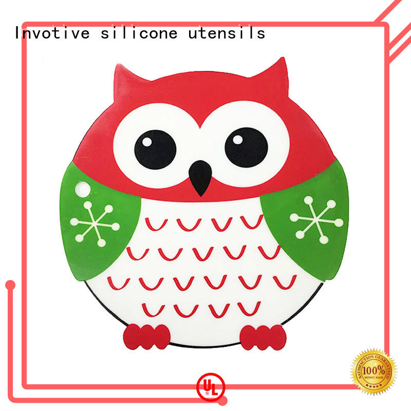 Invotive Brand mats non insulated silicone mini muffin cups