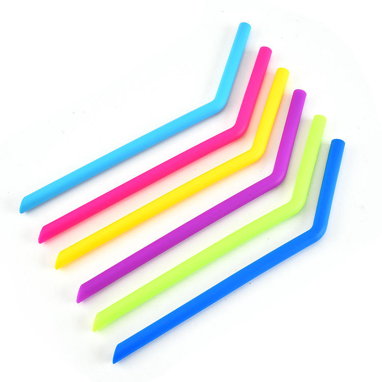 BSCI Food Grade Multi Colored Silicone Reusable Straw Foldable Portable Straws Set With Brushes