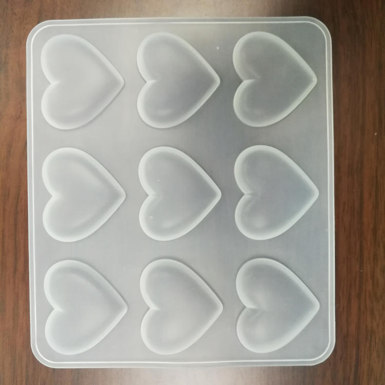 2018 Wholesale Silicone Transparent Heart Shaped Chocolate Mold