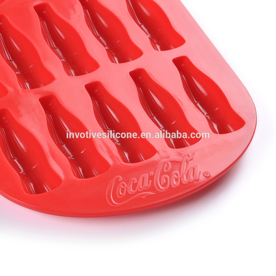 BSCI Factory Food grade bottle shape silicone ice cube trays ice mold for promotional gift