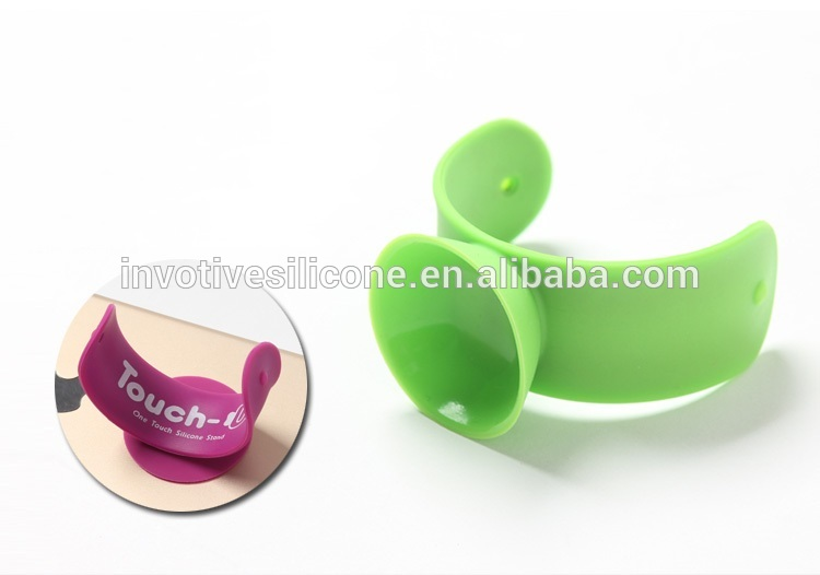 BSCI Factory Promotional Cheap touch U Suction cup Silicone snap cell phone stand holder