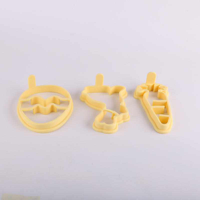 BSCI Factory Silicone Easter chicken shape egg mold silicone pancake maker mold omelette form