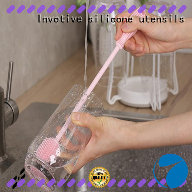 kitchen cleaning brush bath for trade company Invotive