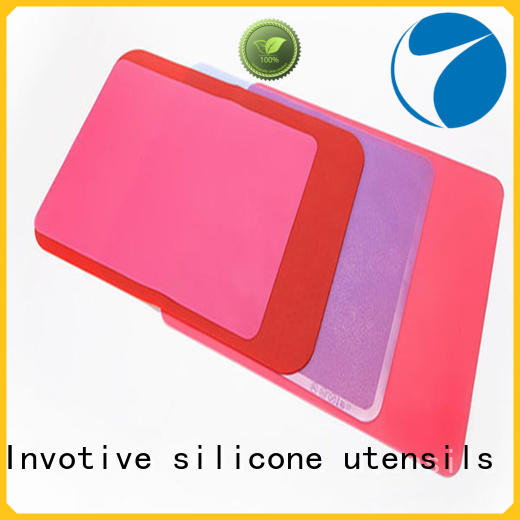 Custom size printed design pure silicone table mat pasta mat toy mat